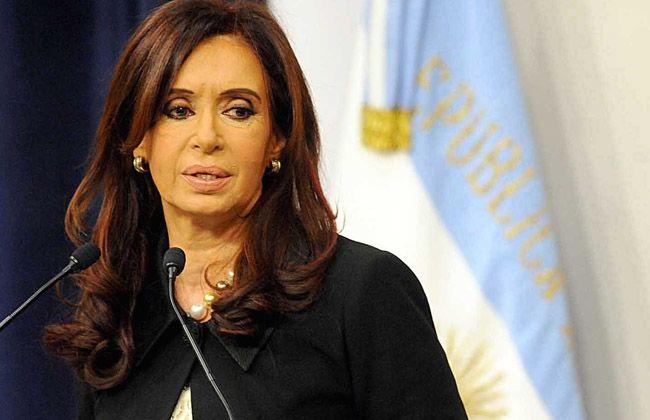 La presidenta condenó los ataques y expresó su solidaridad con los franceses