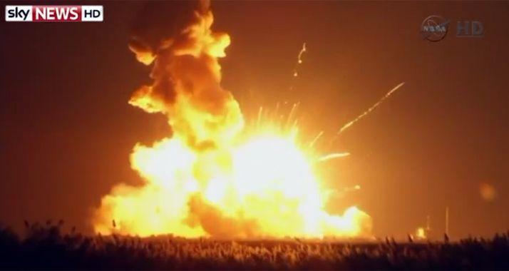 Un cohete de la Nasa explotó seis segundos después del lanzamiento