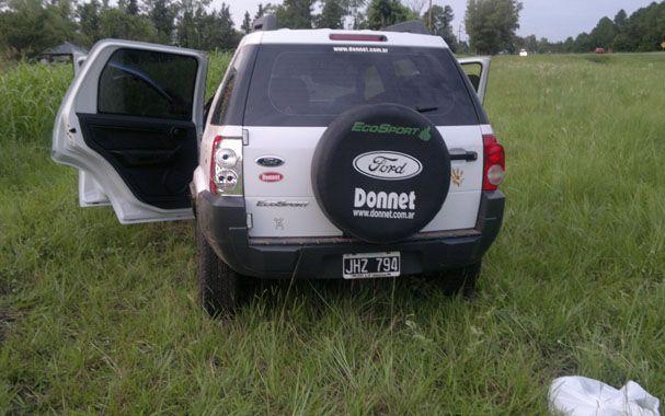 Tumbado. La Ford EcoSport que volcó el martes con 17 kilos de droga.