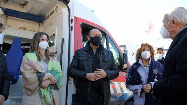 """Omar Perotti: """"Hay un compromiso de fortalecer el sistema de salud""""."""