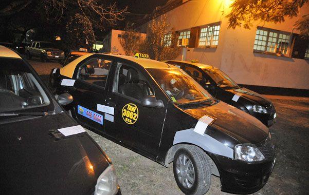 Incautados. En agosto interceptaron cinco taxis que atribuyen a la banda. (foto: Matías Sarlo)
