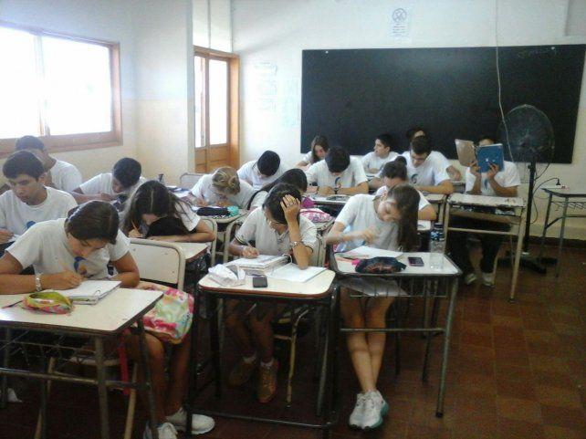 Balagué confirmó que la extensión del ciclo lectivo en la provincia no será obligatoria