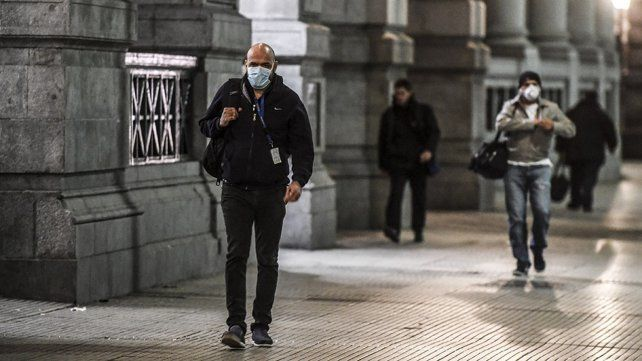 Hubo 7.147 contagios de coronavirus y 127 nuevas muertes en Argentina