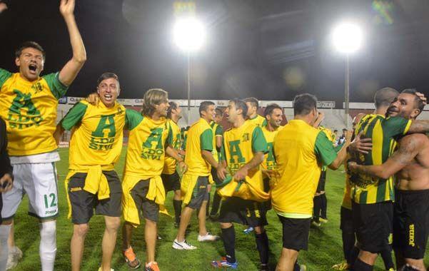 Empieza con A. El Tiburón marplatense venció 1-0 a los jujeños de Gimnasia y logró subir de la mano del técnico Teté Quiroz.