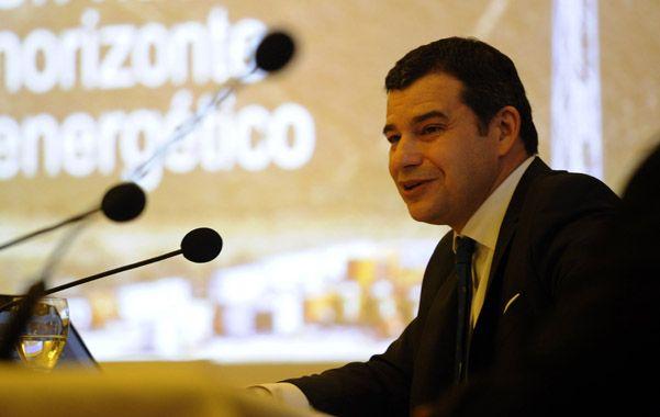 De local. Galuccio presentó el nuevo instrumento ante empresarios rosarinos en la Bolsa.