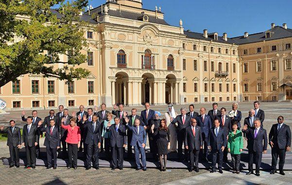 Foto de familia. Los presidentes de los países del G-20 posan al final de la cumbre. Cristina