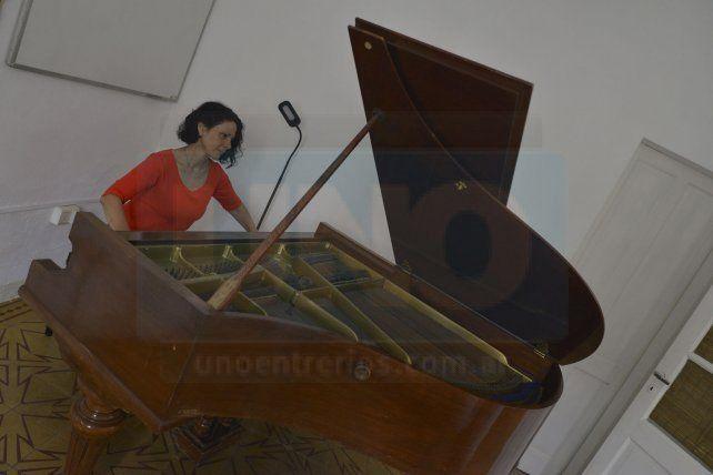 Sello propio. Aunque el piano no es un instrumento tradicional de la música del Litoral