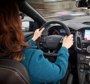 Un estudio revela la personalidad del conductor de acuerdo a la forma en que toma el volante