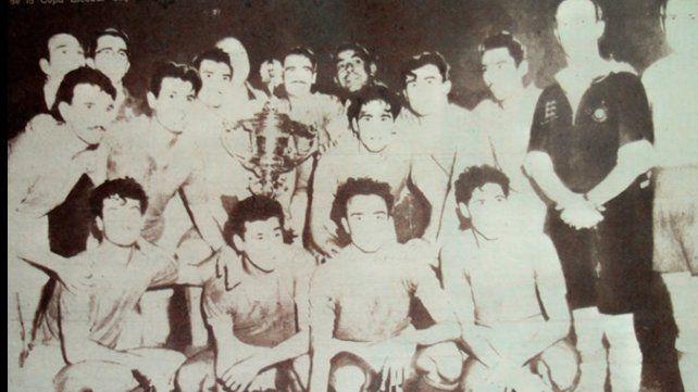 El equipo campeón de Newells de la Copa Escobar