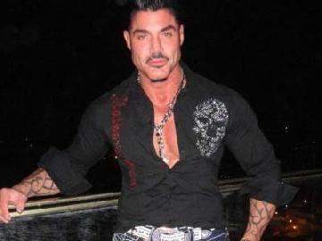 Alejandro Arellano dejó de ser productor de Ricardo Fort