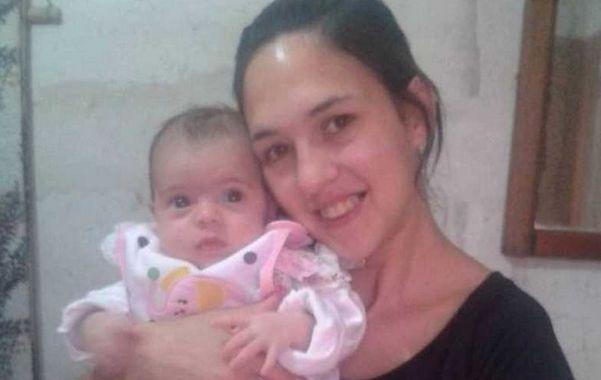 Fiama Della Lana y su beba Abigail.