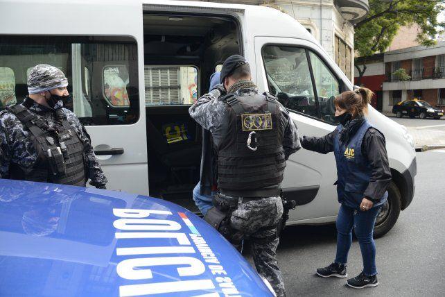 Los cuatro acusados fueron detenidos el miércoles en allanamientos a sus domicilios