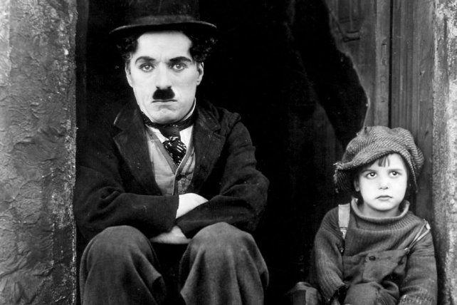 El chico, el primer largometraje de Chaplin, cumple 100 años