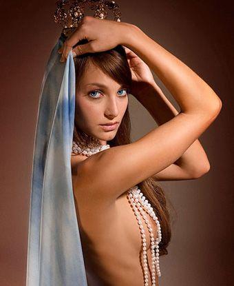Playboy pidió disculpas por portada con imagen de la Virgen desnuda
