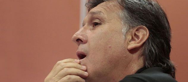Martino dispuso que La Fiera va de extremo y Sperduti de nueve.