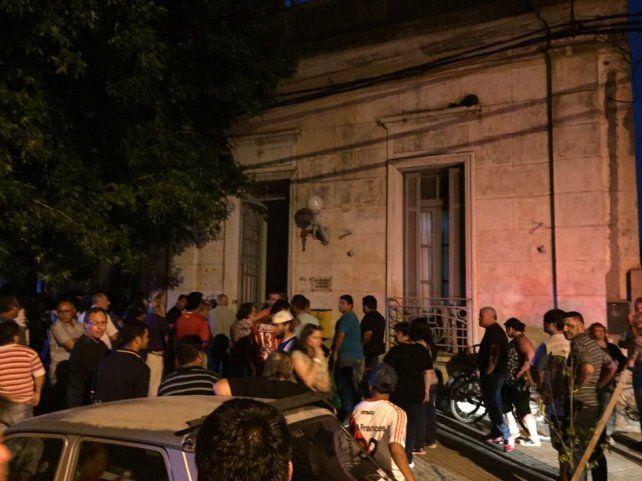 Escándalo en Gálvez por un violento ataque a concejales en plena sesión
