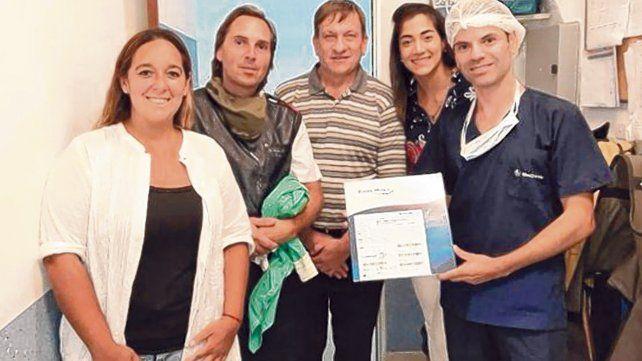 Trabajo en conjunto. El equipo médico que participó de la intervención quirúrgica.