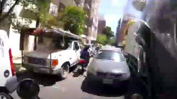 Una imagen de la persecución a lo largo de cuatro kilómetros que incluyó cuadras en contramano.