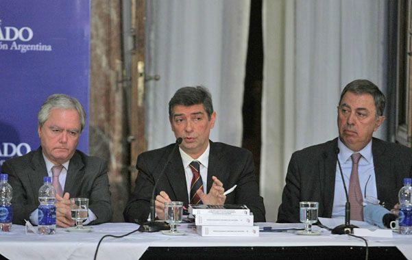 """audiencia. Rosatti recibió críticas de la oposición por no haber rechazado al principio ser nombrado juez """"en comisión"""""""