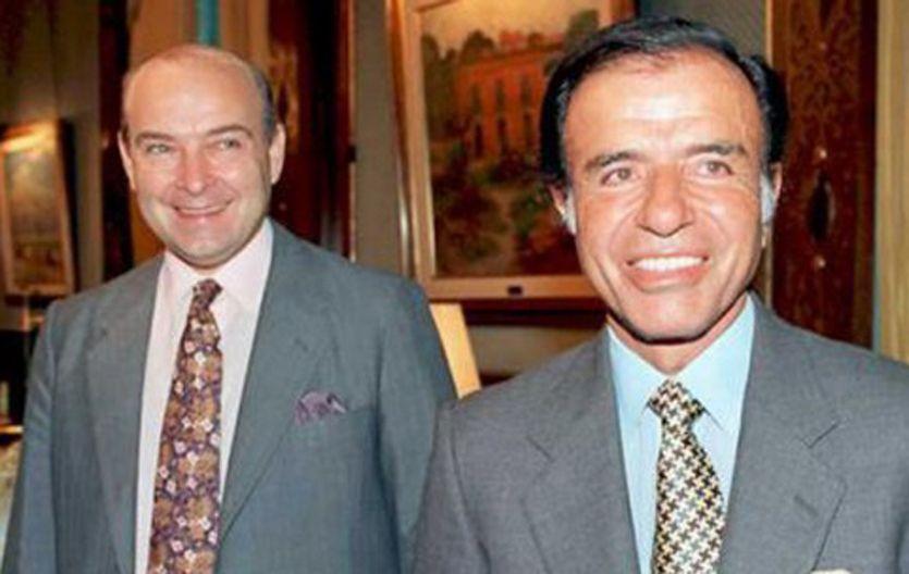Con todo el poder.  En 1991 Menem y Cavallo vendieron el histórico predio ferial por un precio muy inferior al real.
