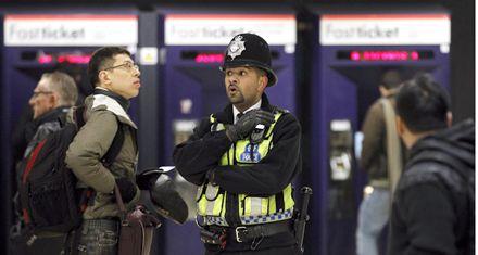 Refuerzan seguridad en transporte británico por temor ante posibles ataques
