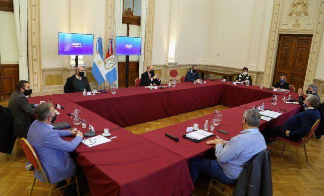 La provincia autorizó las reuniones familiares y las actividades deportivas individuales