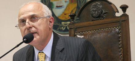 Lifschitz reclamó viviendas a la Nación y minimizó dichos del edil Boasso