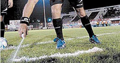 La distancia de la barrera: se anotaron más goles de tiro libre sin el aerosol