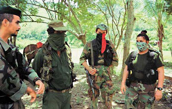 En operaciones. Una de las pocas imágenes que se conocen de los guerrilleros del EPP.