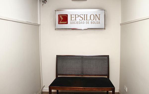 Rastreo. Uno de los allanamientos fue en la sociedad de Bolsa Epsilon.