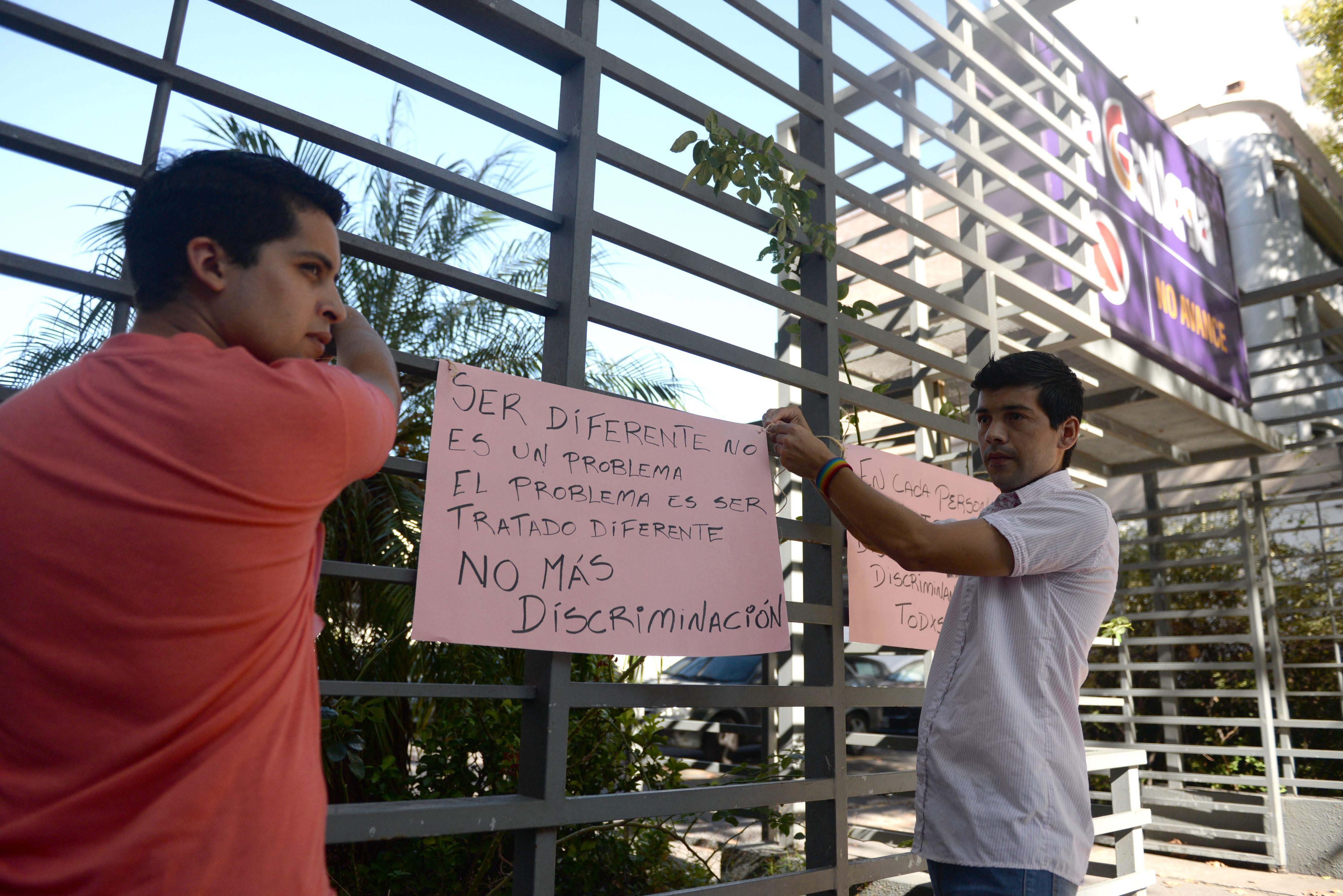 En marzo de este año la pareja se puso al frente de un escrache contra el supermercado. (Archivo: Enrique Rodriguez Moreno)
