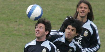 La selección se entrenó pero Basile no dio pistas sobre el equipo