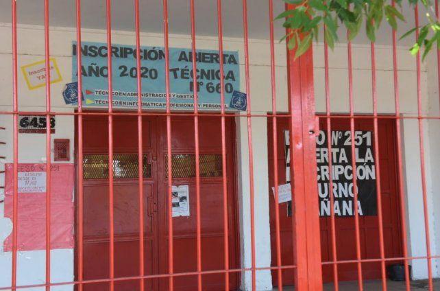 La denuncia por el robo de dos aires acondicionado y siete ventiladores de techo fue efectuada el sábado 25 de enero.