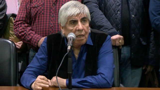 Moyano señaló que se buscará pactar salarios por encima del 35% que vienen acordando la mayoría de los sindicatos.