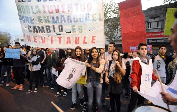Los alumnos piden recuperar el diálogo y la palabra y denuncian una serie de maltratos de parte de las autoridades de la escuela. (Foto: G. de los Ríos)