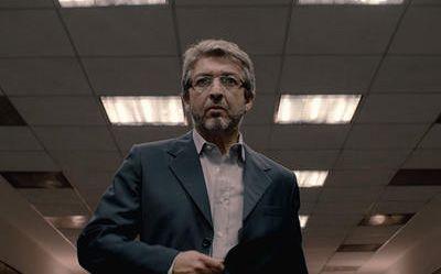 Ricardo Darín interpreta a un ingeniero que pierde los estribos. El personaje fue elogiado y criticado.