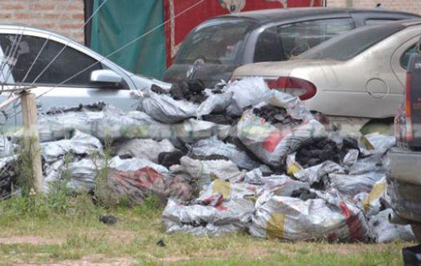Secuestran más de una tonelada de marihuana oculta en cargamento de carbón