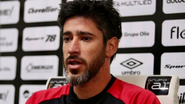 Pablo Pérez habló en conferencia de prensa. (Foto: @Newells)