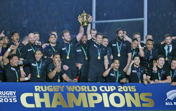 Los mejores. Nueva Zelanda festeja su tercera corona en torneos mundiales.