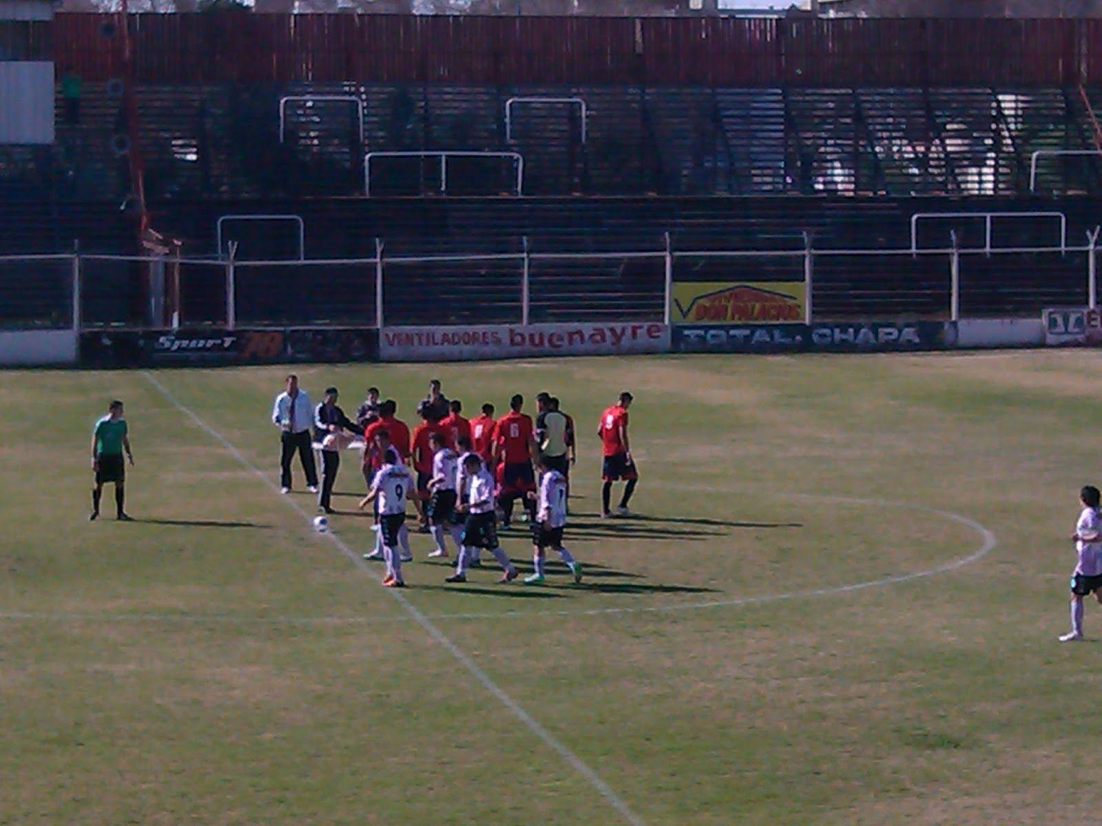 El Charrúa jugará esta tarde su penúltimo partido de local ante Excursionistas. Argentino visitará a Central Ballester y los de Ludueña visitan a Cipolletti en Río Negro.
