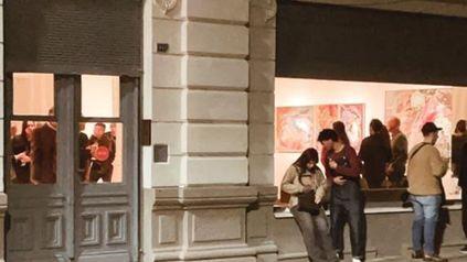La galería Gabelich abrió su nueva casa en esquina Castagnino con muestras de Arévalo y Duluc