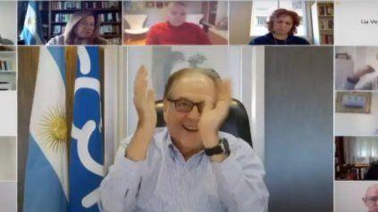 El diputado Carlos Heller pidió celebrar el gol de Maradona a los ingleses y estalló la polémica.