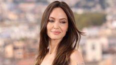 El tatuaje de Angelina Jolie, también pierda de la discordia con su ex Brad Pitt.