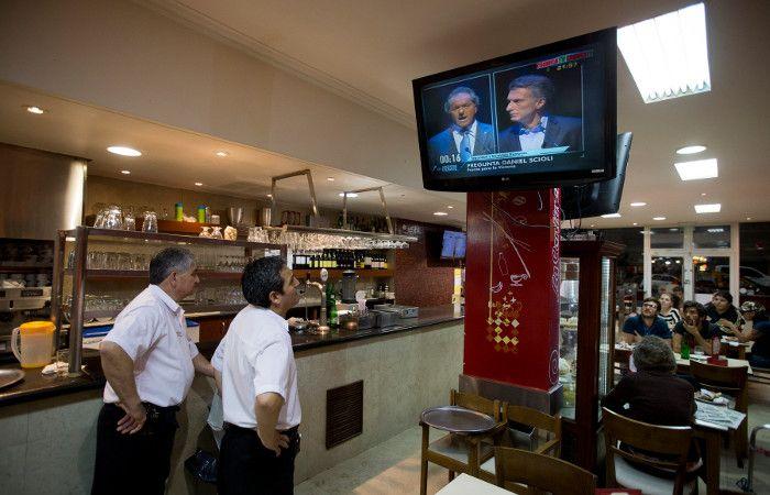 El debate fue seguido por millones de argentinos a través de las transmisiones de televisión