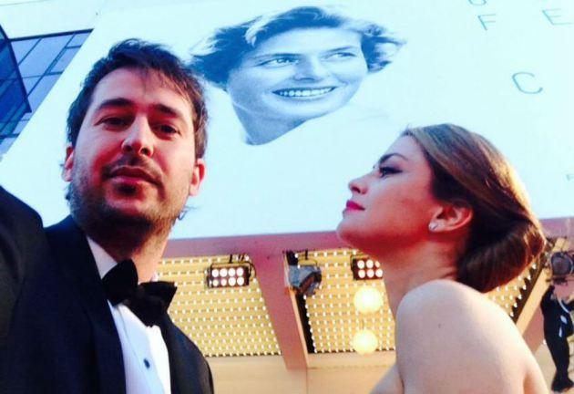 ganadores. El director Santiago Mitre y Dolores Fonzi en su paso por Cannes.