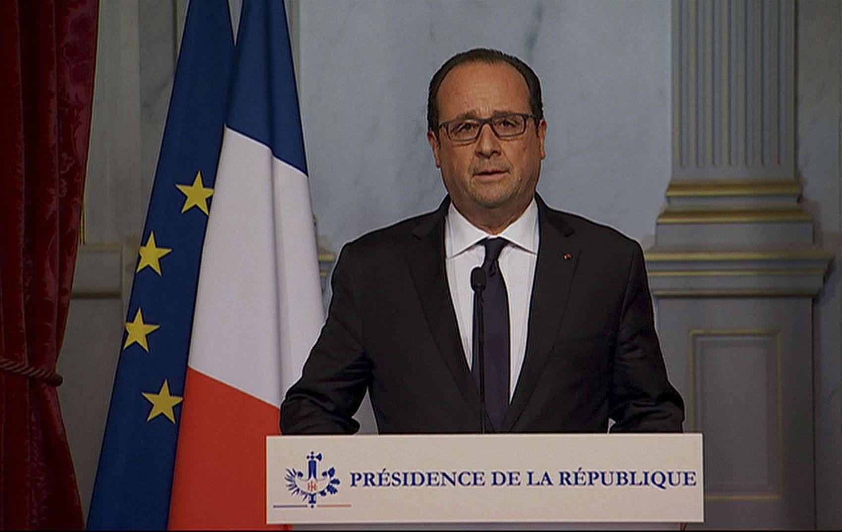El mandatario francés realizó una conferencia de prensa para condenar los atentados. (NA)