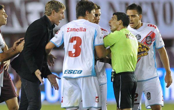 El árbitro pidió ayer volver a dirigir y que se termine ya la pesadilla.