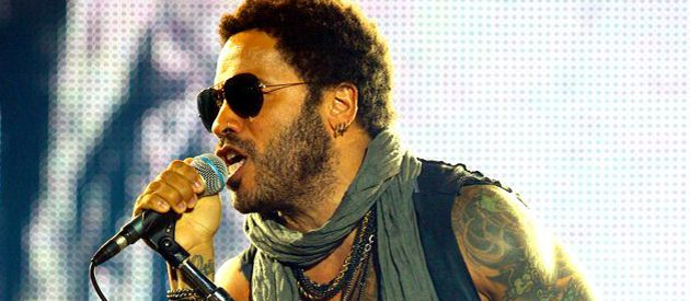 Lenny Kravitz sedujo con su álbum Black and White America.
