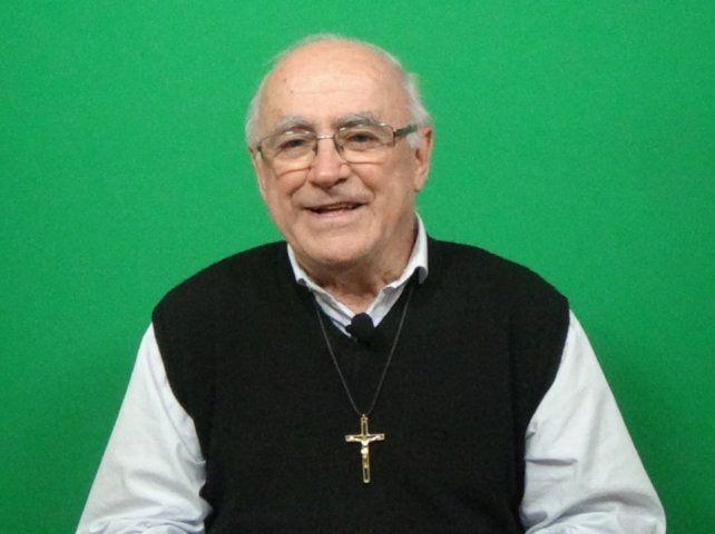 El padre Pablo Fuentes tenía una Heladera Social