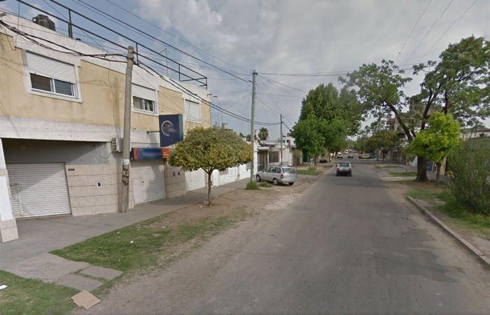 El asalto ocurrió cerca de las 21 en Larrea al 2900.